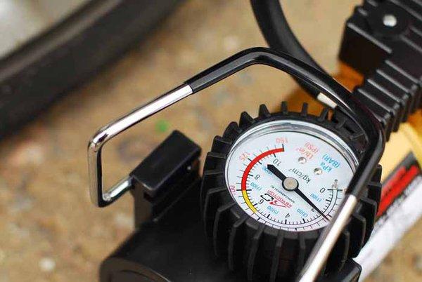 манометр автомобильного компрессора